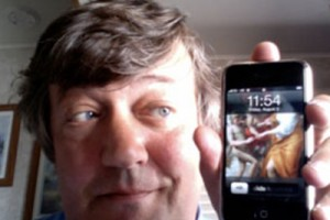 Stephen Fry's Review of the Nokia N97 (and also iPhone 3G S) and awfully long rant.