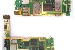 Pics: Nokia N8 Disassembly