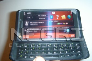 Nokia N9 Leaked Photos! Or is it actually the Nokia E7? QWERTY Slider, N8 design, Ridiculous screen clarity, 8MP.