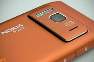MobileBurn&#039;s Full Nokia N8 Review &#8211; &quot;best camera phone ever&quot;