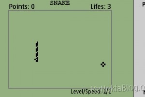 Video: Classic Snake II on the Nokia N8 (for Symbian^3 and S60 5th) at Ovi Store