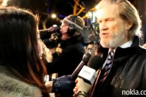 Video: TRON:Legacy Première – Starring Nokia N8 –  Red Carpet with Jeff Bridges