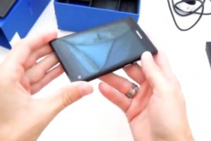 Video: 10 minute Nokia N9 Black unboxing and hands on and written preview (Slovak)