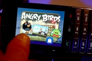 Video: Nokia Asha 300 touch and type hands on demo and Angry Birds! (filmed with N8)