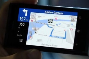 Video: Nokia Lumia 800 Uncovered: Drive