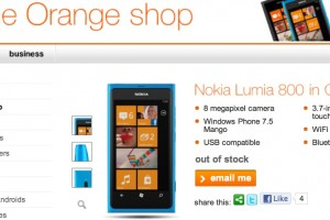 Cyan Nokia Lumia 800 out of stock at Orange (+ a look at the Google Trends data again)