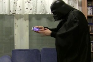 Video: Finnish Darth Vader and Lightsaber app for Symbian (Nokia Lumia-testaaja)