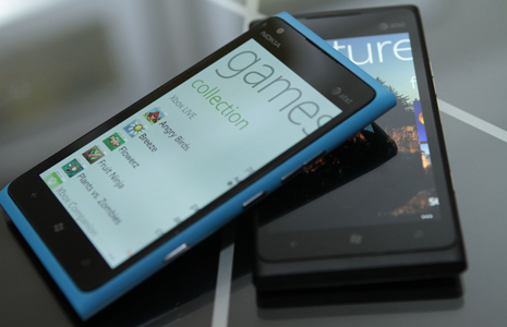 Unboxing Lumia 900 Europe Edition
