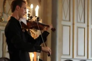 Violinist interrupted by Nokia ringtone, plays the Nokia tune.