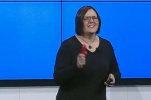Nokia MWC Presentation (let's watch the 808 PureView announced again!)
