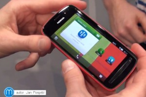 Video: Tour of Nokia Belle FP1  (808 with N8)
