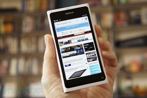 Weekend Read: Engadget&#8217;s White Nokia N9 hands on