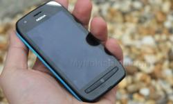 Nokia Lumia 710 Unboxing (35)