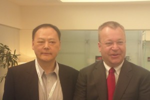 Elop vs Chou, Nokia 808 PureView vs HTC One X?
