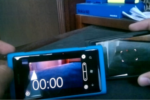 N9 Vs. Lumia 800: Camera &amp; Camera UI #MeegoVsWP