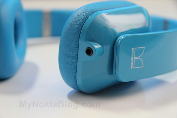 Nokia Purity HD Monster Cyan(28)