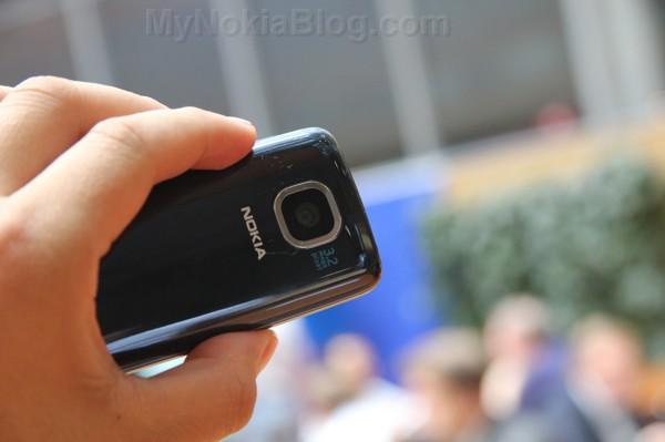http://mynokiablog.com/wp-content/uploads/2012/06/Nokia-Asha-311-Touch-S4013.jpg