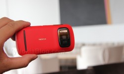Red Nokia 808 PureView(10)