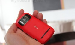 Red Nokia 808 PureView(27)