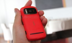 Red Nokia 808 PureView(28)