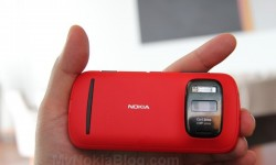 Red Nokia 808 PureView(31)