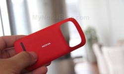 Red Nokia 808 PureView(33)
