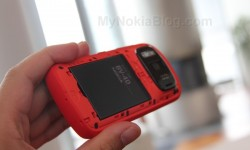Red Nokia 808 PureView(38)