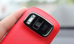 Red Nokia 808 PureView(43)