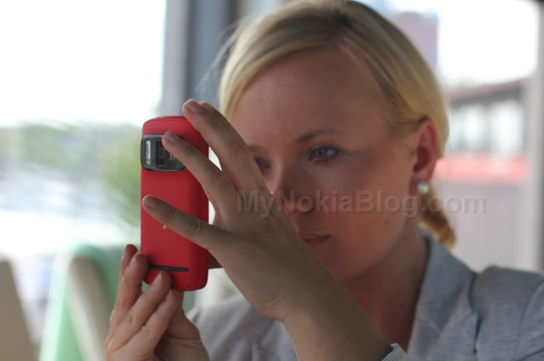 Nokia 808 PureView available at Nokia Flagship Store, Finland, Tomorrow