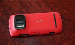 Red Nokia 808 PureView(6)