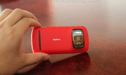 Red Nokia 808 PureView(9)