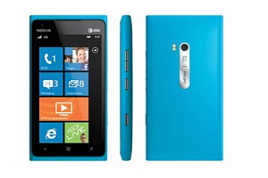 Nokia Lumia 800 and 900 win Gold at International Design Excellence Awards 2011