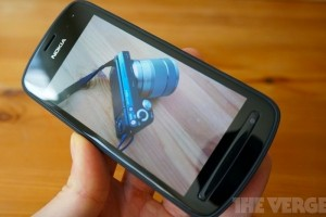 "Nokia 808 PureView on TheVerge's ""phones I need in my life"" list"