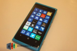 WP 7.8 Running on Lumia 800 (In the Wild)