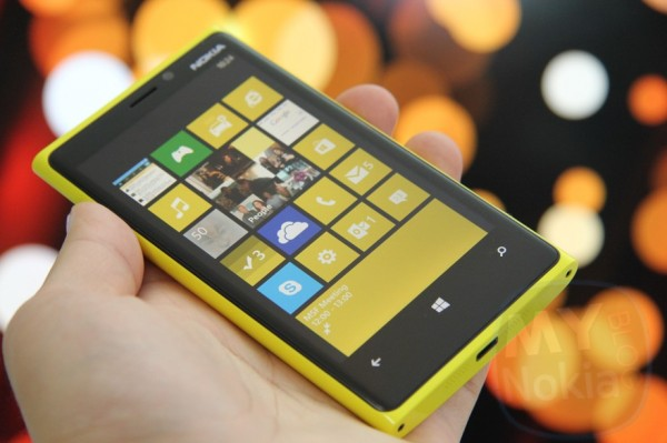 NokConv: 12 Awards won by the Nokia Lumia 920 in 2012