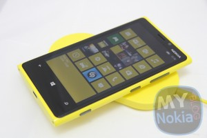 Accessories: Nokia Wireless Charging Plate and Charging Pillow by Fatboy unboxing (Yellow and Blue)