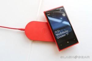 SlashGear: Nokia Lumia 920 first impressions (AT&T)