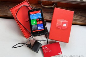 SlashGear&#8217;s Nokia Lumia 822 Review (Verizon) &#8220;as perfect a combination of hardware and software as youre going to see on the market today &#8220;