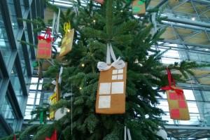 Nokia's Phablet Lumia Tree At Nokia House, Espoo :p