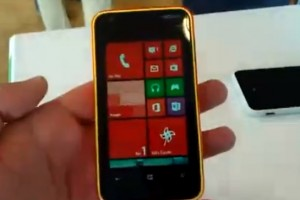 Video: Nokia Lumia 620 hands on