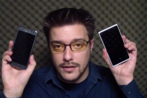 Video: Samsung ATIV S vs Nokia Lumia 920