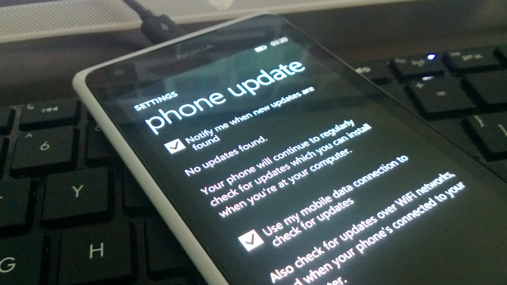 Rumor: WP7.8 To be Pushed Out To All Devices And Carriers at 6:00 PM Today