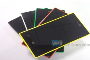 Lumia 720 and 520 Live Pics Leaked Almost 5 Months Ago?