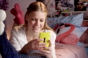 Video: Unannounced Slim Lumia appears in Nokia Lumia 920 Promo from KPN Netherlands?