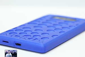 Video:  Innovation at its finest with the Nokia Lumia 820, Makerbot and 3D printing at MWC.
