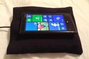 Accessories: DIY Nokia Fatboy pillow wireless charging bed for Nokia Lumia