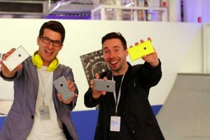 Yellow Nokia Lumia 925 coming? Or is that the wireless charging cover?