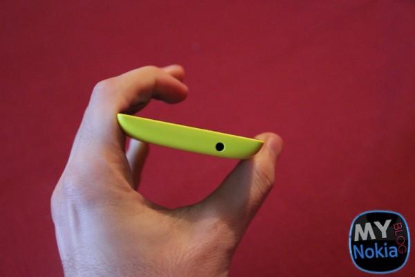 Lumia520_3