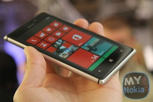 Lumia 925 Possibly Heading to At&t as Well?