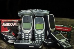 Video: Nokia 3310 versus Armour Piercing Rounds – TechAssassin